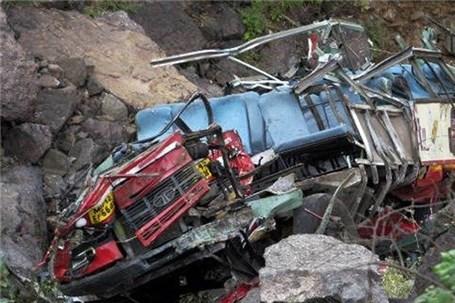 ۱۸ کشته در پی سقوط یک اتوبوس
