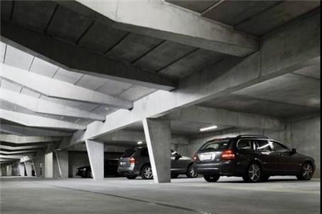 همدان نیازمند ایجاد پارکینگهای هوشمند است