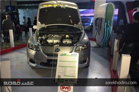 نگاهی بر پرفروش ترین خودروی تمام برقی سال 2015 و عرضه آن توسط شرکت خودروسازی کارمانیا
