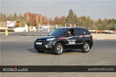 آزمایش رانندگی محصول جدید مدیران خودرو در پیست آزادی