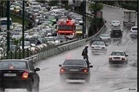 ترافیک در روزهای بارانی طبیعی است