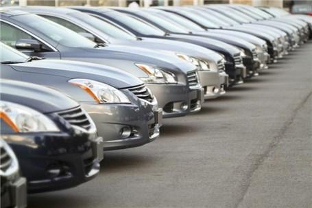 اختلافات گمرک و وزارت صنعت واردکنندگان خودرو را به درد سر انداخت