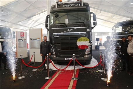 کامیون فوق سنگین ولوو FH16 گروه سایپا رونمایی شد