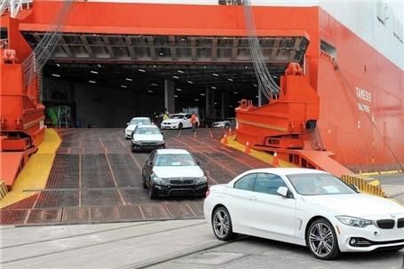 کاهش تعرفه واردات خودرو بازار را آرام میکند؟