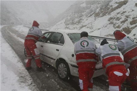 امداد رسانی به 1420 نفر در محورهای کوهستانی