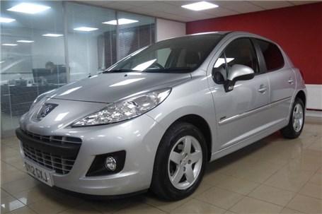 When will Azerbaijan start producing Peugeot 207?
