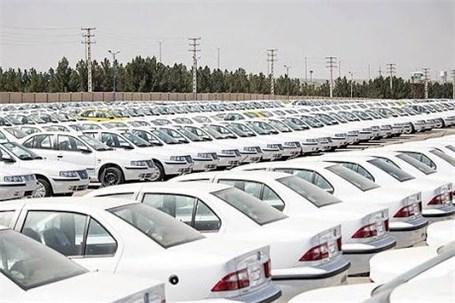 قیمت خودرو همچنان روی مدار گرانی