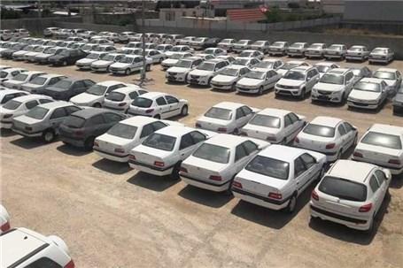 کشف ۲۳۳ دستگاه خودرو احتکار شده در جاده مخصوص کرج