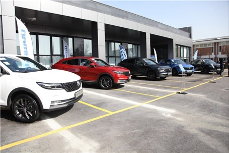 ریزش بهمن در بازار خودرو